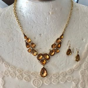 Women's gold topaz statement necklace set
